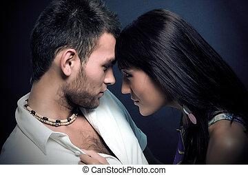 besar, pareja
