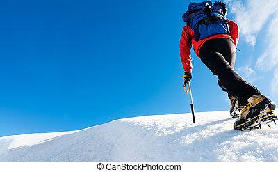 besneeuwd, bovenzijde, bereiken, moed, mountain., klimmer, concept: