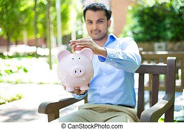 besparingar, piggy packa ihop, utanför