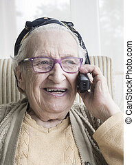 beszéd, senior woman, telefon
