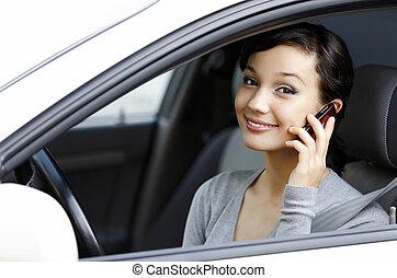 beszél, nő, sejt, autó, boldog, fiatal, ülés, telefon