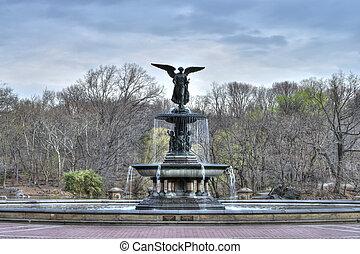Bethesda Fountain - Beautiful Bethesda fountain in Central...