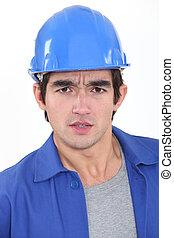 betrokken, de arbeider van de bouw