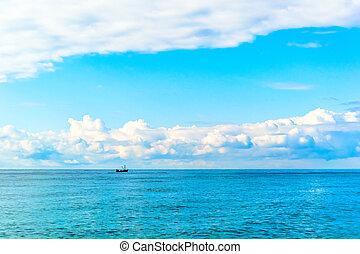 Beutiful sea and clouds