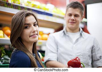 bevásárlás, párosít, drogéria, fiatal