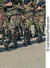 beväpnat, marsch, tjäna som soldat