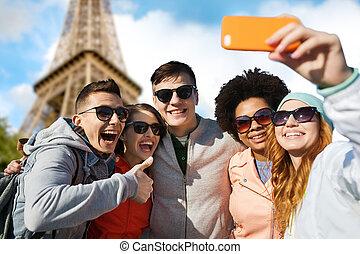 bevétel, selfie, smartphone, barátok, mosolygós