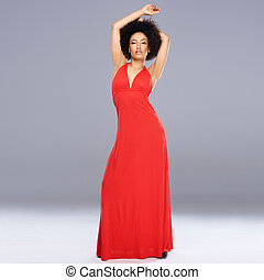 bevallig, afrikaanse amerikaanse vrouw, in, een, rood, toga