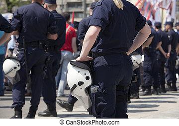 bewaffnet, polizei