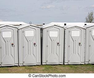 bewegbare toilette, reihe