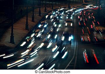 bewegen, verkehr, nacht, mit, bewegen, lichter, an, winter;, viele, autos