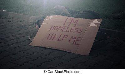bezdomny, żebrak, spanie