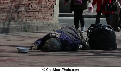 bezdomny
