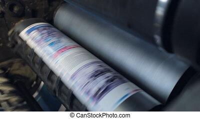 bezig met afdrukken van, machine, passen, papier, door,...