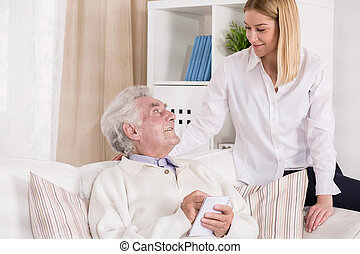 bezoeken, kleindochter, behulpzaam, haar, grootvader