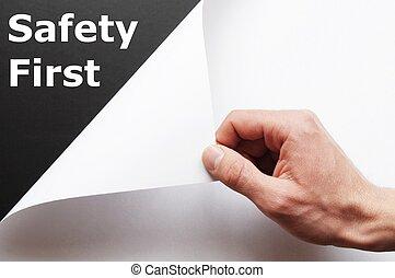 bezpieczeństwo pierwsze