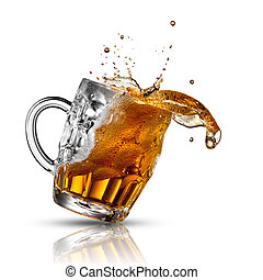 bière, éclaboussure, dans, verre, isolé, blanc