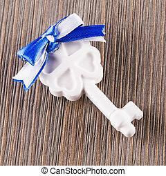 biały, ceramiczny, klucz