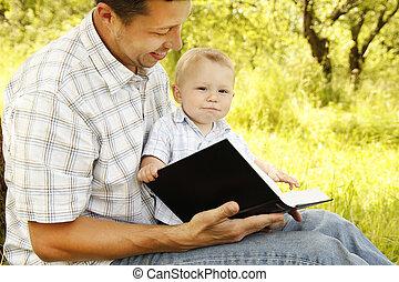 bibel, vater, junger, sohn, seine, lesende