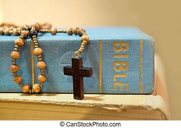 biblia, różaniec