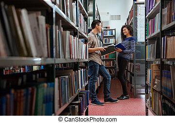 biblioteka, szczęśliwy, mówiąc, studenci