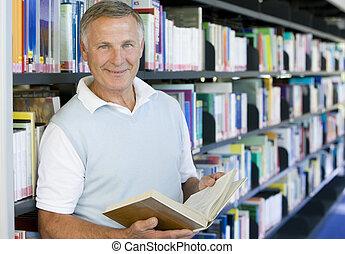bibliotheek, field), vasthouden, (depth, boek, man