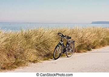 bicicleta, mar