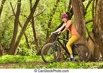 bicicleta, mulher, sporty, primavera, ensolarado, madeira, montando