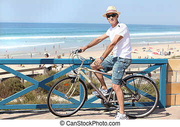 bicicleta, playa, hombre