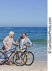 bicicletas, par, seu, aposentado