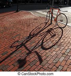 bicikli, alatt, egy, derékszögben