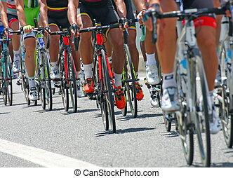 bicikli, kihívó, kerékpárosok, sport, abbiglaimento, faj, közben, út