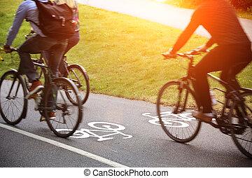 bicikli, sáv