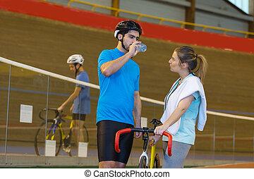biciklista, edző, velodrome, útvonal, női, beszélő