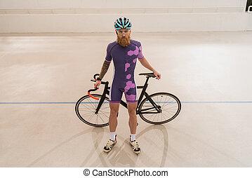 biciklista sisak, bicikli