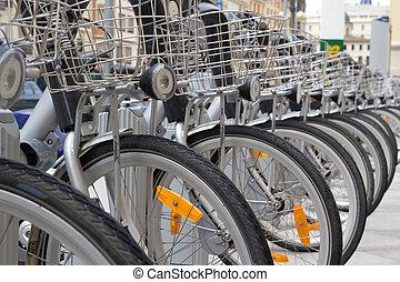 bicycles, 使用料