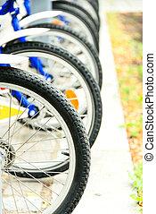 bicycles, strada, parcheggiato, pubblico