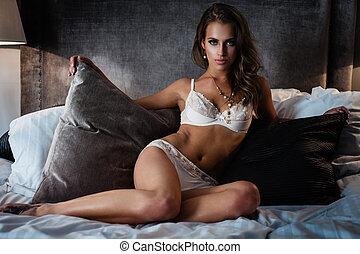 bielizna, łóżko, sexy