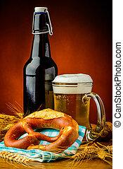 bier, laugenbretzel