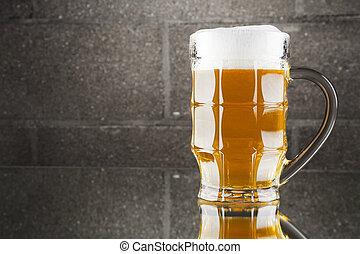 bier, stilleben