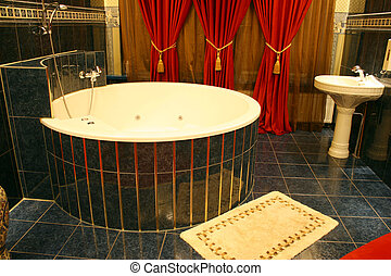 BIG BATH IN HOTEL