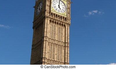 Big Ben clock tower London UK - The Big Ben clock tower on...