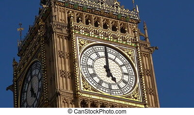 Big Ben clock tower London UK - The Big Ben clock tower on...