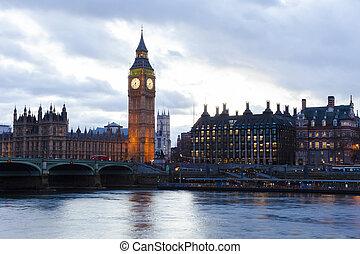 big ben, y, cámaras del parlamento, en, un, fantasía, ocaso, paisaje, londres, city., reino unido