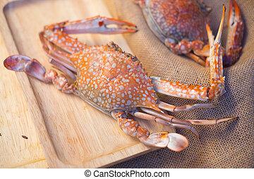Big crab eat with seafood sauce
