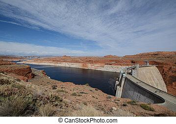 Big dam at Lake Powell, Arizona