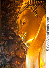 Big Golden Reclining Buddha