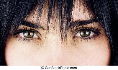 Big green gorgeous eyes