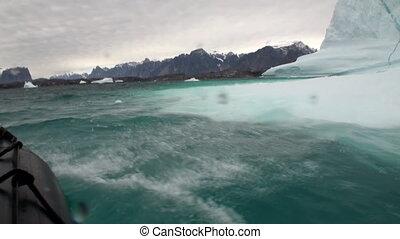 Big Iicebergs floating in sea around Greenland. - Big...