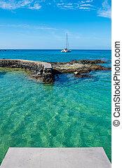 Big Island Hawaii Scenic - Catamaran anchored offshore in...